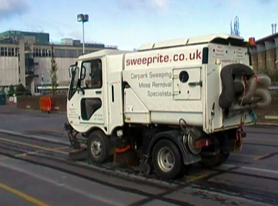 Keep your premises in top condition with regular sweeping. If you have car parks, drives, paths, yards or any paving they will need to be kept free of weeds and rubbish. Look great when customers call with either a one-off sweep or regular maintenance from SWEEPRITE of Reading.